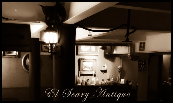 Banner El Scary Antique